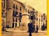 Trapani-Piazza_Garibaldi-011.jpg